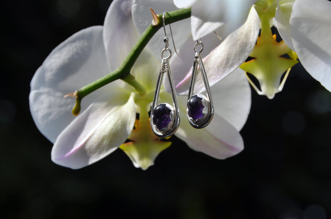 Oval Amethyst Teardrop Dangle Earrings