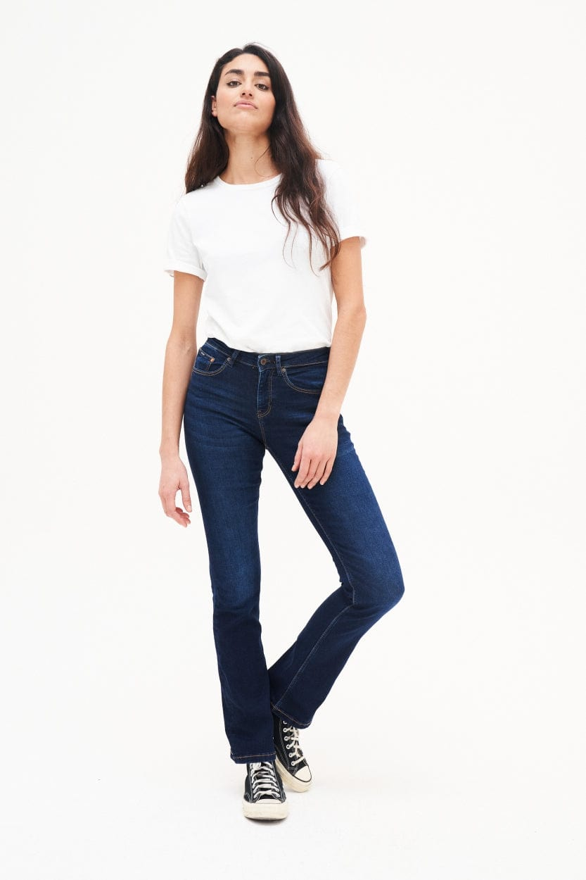 Jeans Bootcut Amy Herbal Diep Blauw