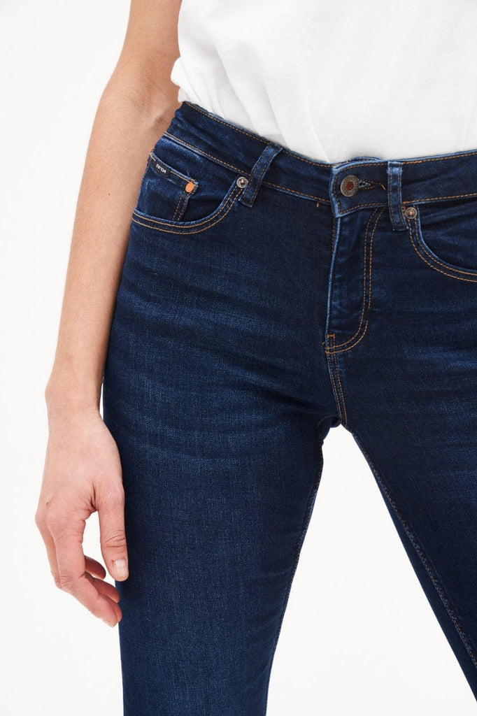 Amy Bootcut Herbal Blue | Deep blue - Kuyichi Pure Goods | Organic Style Conscious Denim | Official Website