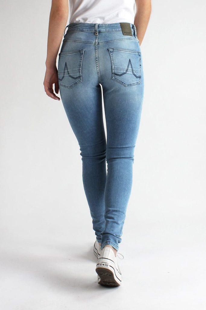 Roxy Super Skinny High Skylar Blue | Light Blue - Kuyichi Pure Goods | Organic Style Conscious Denim | Official Website