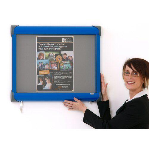External Wall Mounted Showcase Blue Frame (Closed)