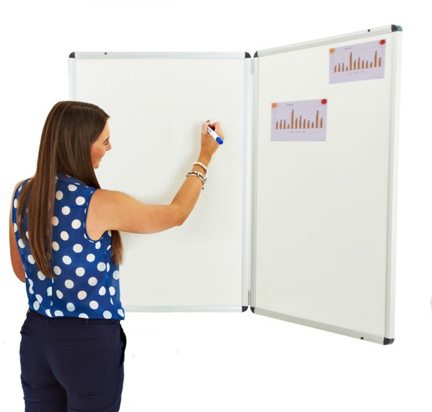 Winged Whiteboard 900x600mm Magnetic Left Hand Fixed