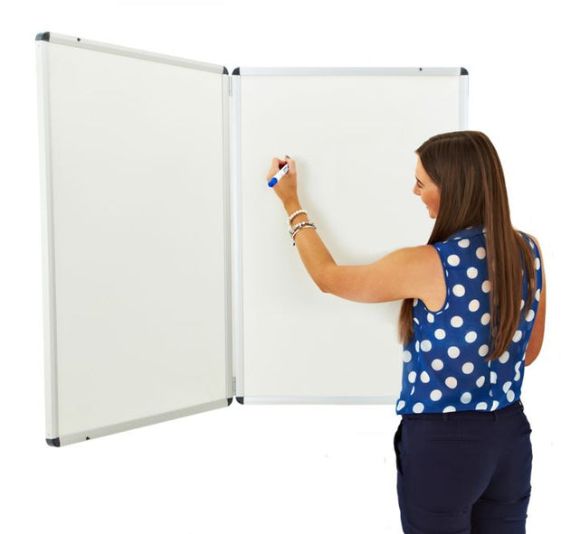 Winged Whiteboard 900x600mm Non Magnetic Right hand fixed