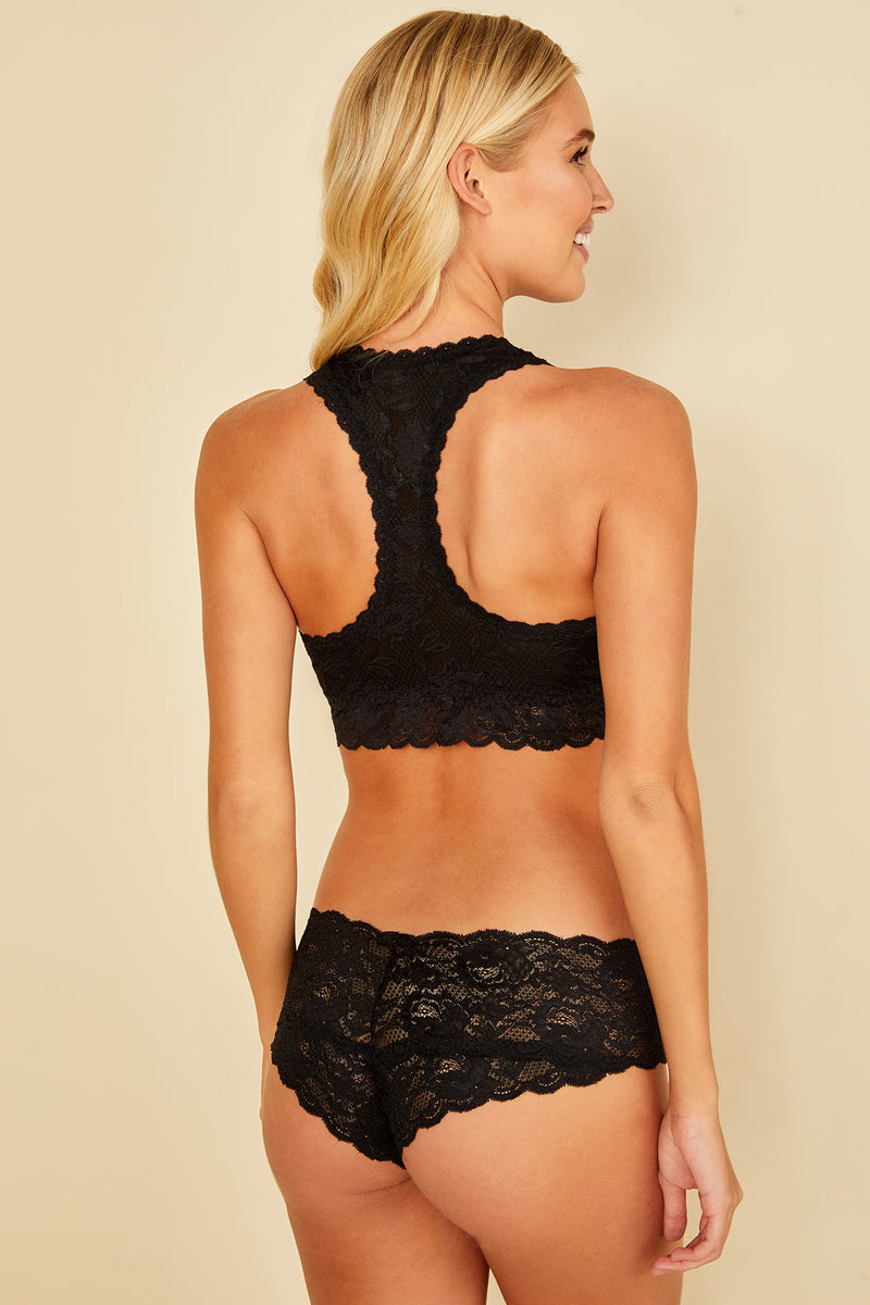 This black coloured boyshort is made by Cosabella. The Never Say Never collection is loved for its beautiful floral pattern and innovative lace. Crafted in Italy with the highest quality materials. Low rise boyshorts Soft, stretch scalloped lace that lays flat Stretchy lace at waistband Moderate rear coverage Cotton lined gusset
