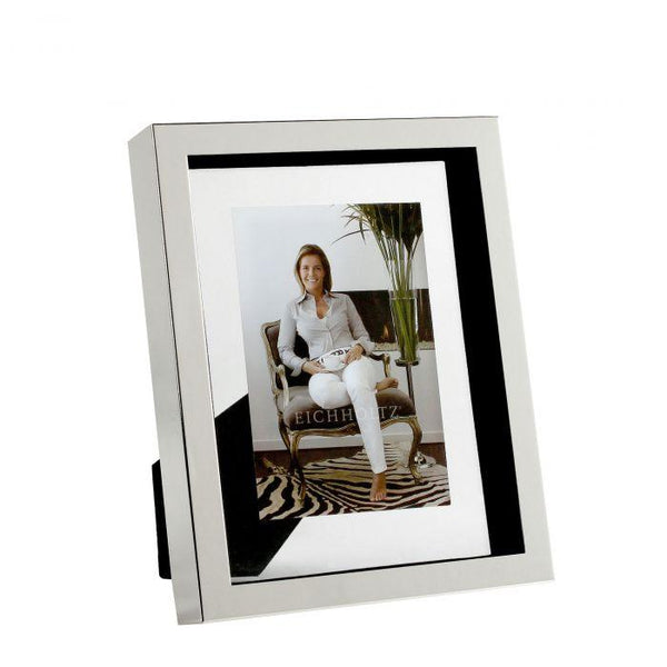 Picture frame mulholland S silver finish