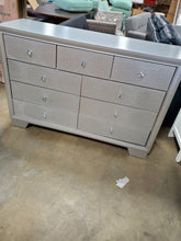 Load image into Gallery viewer, Sciortino 9 Drawer Double Dresser