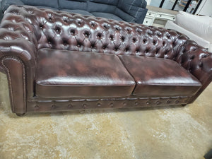 "Caine Chesterfield 91"" Rolled Arm Sofa"
