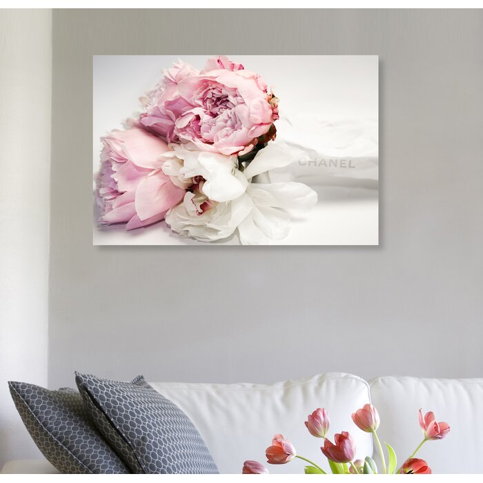 'Peonies and Magnolia Love' Graphic Art Print on Canvas - 24