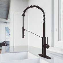 Load image into Gallery viewer, Livingston Magnetic Pull Down Single Handle Kitchen Faucet with Deck Plate 7060