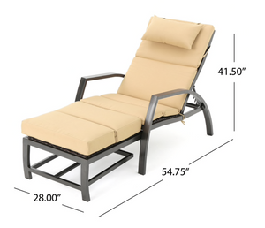 Napa wicker lounger with tan cushion Dr137