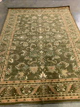 "Load image into Gallery viewer, Handmade Antiquity Manerva Traditional Oriental Area Rug, 8'3""x 11' (#28R)"