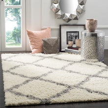 "Load image into Gallery viewer, Safavieh Dallas Shag Giusy Trellis Rug - 8'6"" x 12' - Ivory/Grey (#17R)"