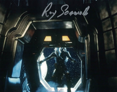 ROY SCAMMELL -The Alien in Alien - hand signed 10 x 8 photo
