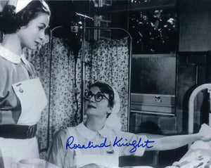 ROSALIND KNIGHT - Carry on Nurse
