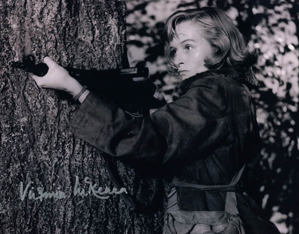 VIRGINIA MCKENNA - Violette Szabo in Carve Her Name With Pride