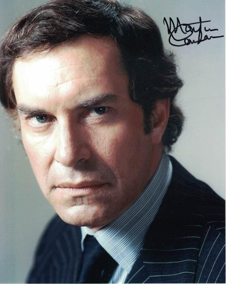 MARTIN LANDAU Koenig in  Space 1999