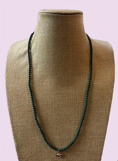AMAVI LONG MALACHITE WITH SMALL MEDALLION NECKLACE