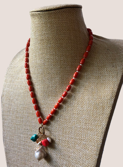 AMAVI NATURAL ORANGE CORAL WITH WHITE CORAL NUGGETS AND CHARM CLUSTER NECKLACE