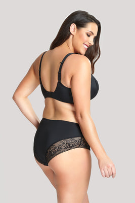 ROXIE BRIEF