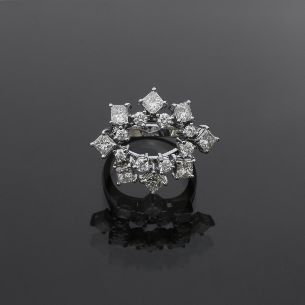 Princess Cut and Round Diamond Open Ring