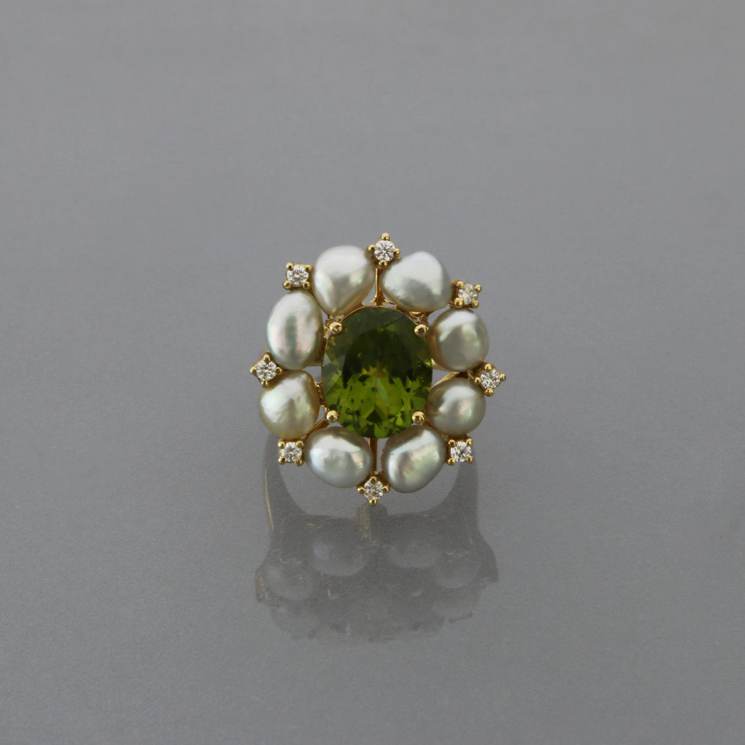 Peridot and Keshi Pearl Ring