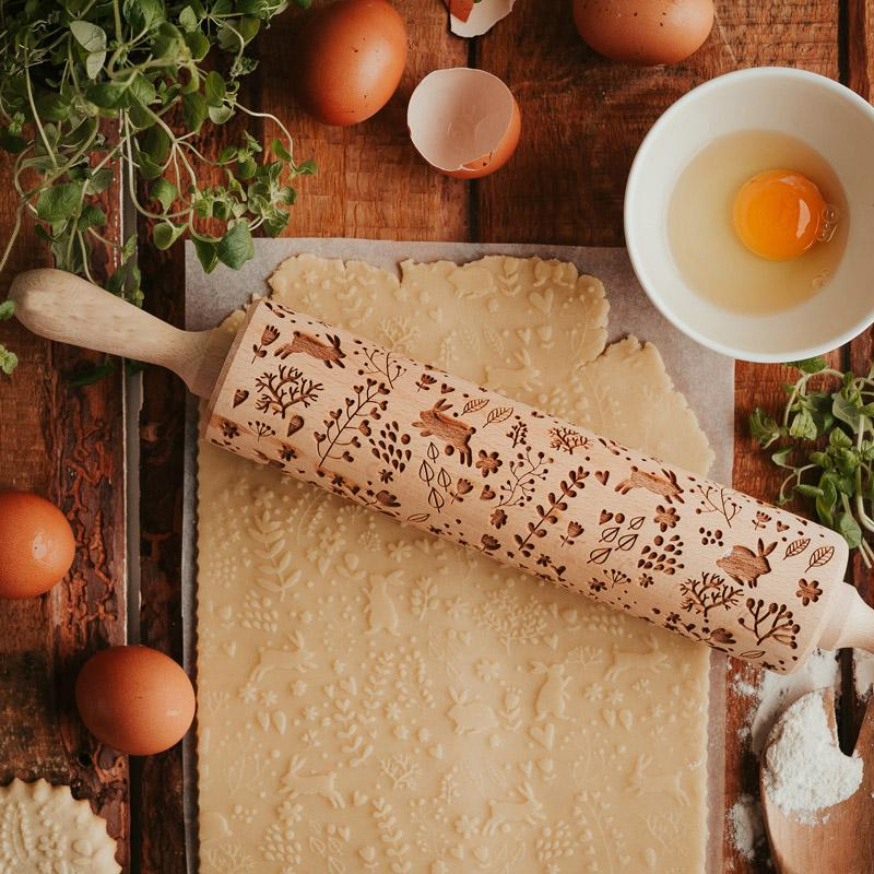 Pastrymade SPRING BUNNIES ROLLING PIN Pastry Tool and Baking Utensil for Homemade Cookies