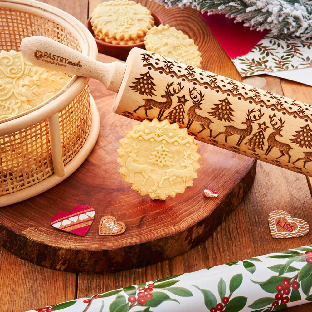 Pastrymade CHRISTMAS ROLLING PIN Pastry Tool and Baking Utensil for Homemade Cookies