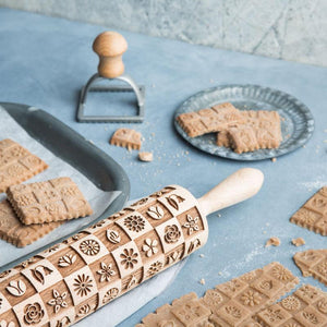 Pastrymade FLEURS ROLLING PIN Pastry Tool and Baking Utensil for Homemade Cookies