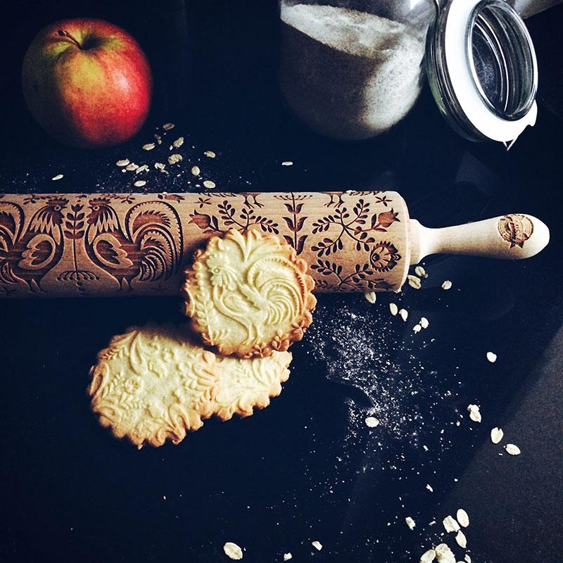 Pastrymade FOLK ROLLING PIN Pastry Tool and Baking Utensil for Homemade Cookies