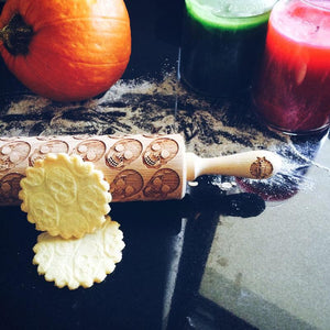 Pastrymade SKULLS ROLLING PIN Pastry Tool and Baking Utensil for Homemade Cookies
