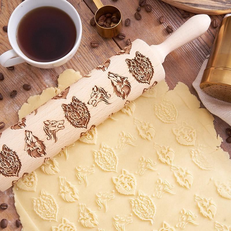 Pastrymade WOLF ROLLING PIN Pastry Tool and Baking Utensil for Homemade Cookies