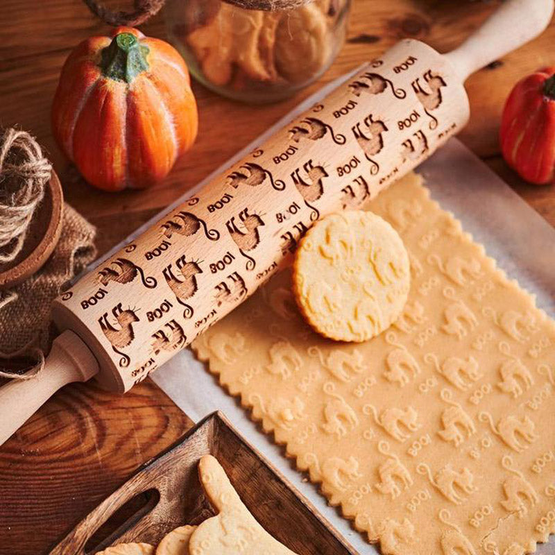 Pastrymade WITCH CAT ROLLING PIN Pastry Tool and Baking Utensil for Homemade Cookies