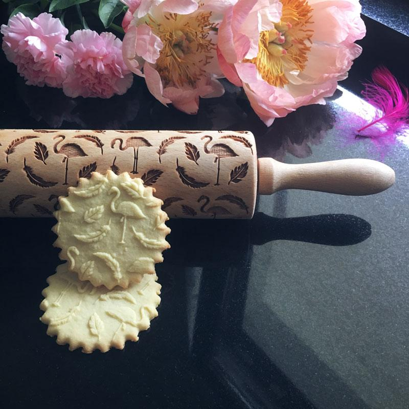 Pastrymade FLAMINGOS ROLLING PIN Pastry Tool and Baking Utensil for Homemade Cookies