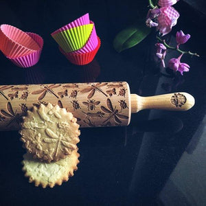 Pastrymade INSECTS ROLLING PIN Pastry Tool and Baking Utensil for Homemade Cookies