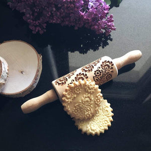 Pastrymade BOQUET OF FLOWERS KIDS ROLLING PIN Pastry Tool and Baking Utensil for Homemade Cookies