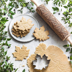Pastrymade LEAVES ROLLING PIN Pastry Tool and Baking Utensil for Homemade Cookies