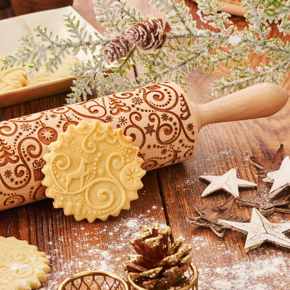 Pastrymade CHRISTMAS REINDEER ROLLING PIN Pastry Tool and Baking Utensil for Homemade Cookies