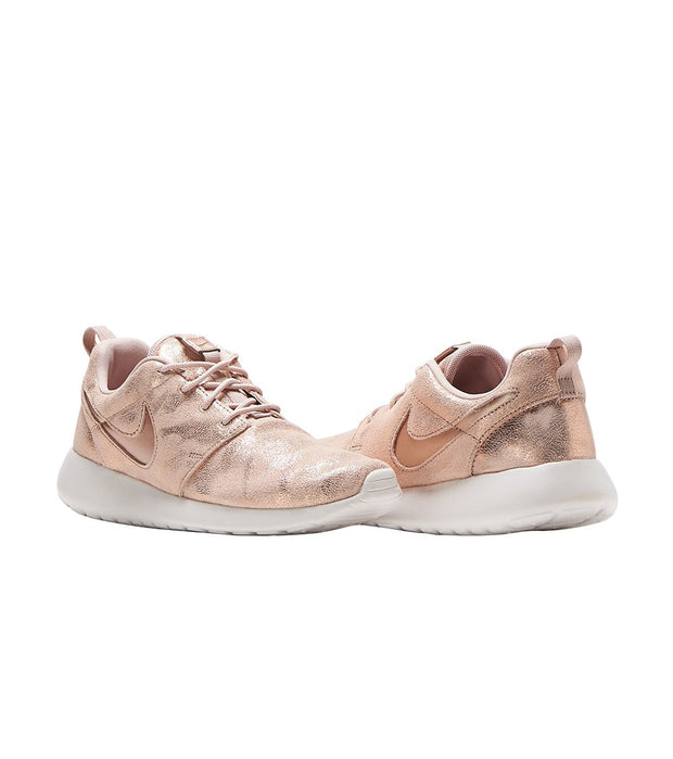 Nike  Roshe One Premium  Pink - 833928-900 | Jimmy Jazz