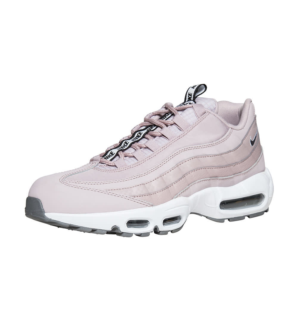 Nike Air Max 95 SE Shoes in Pink Size