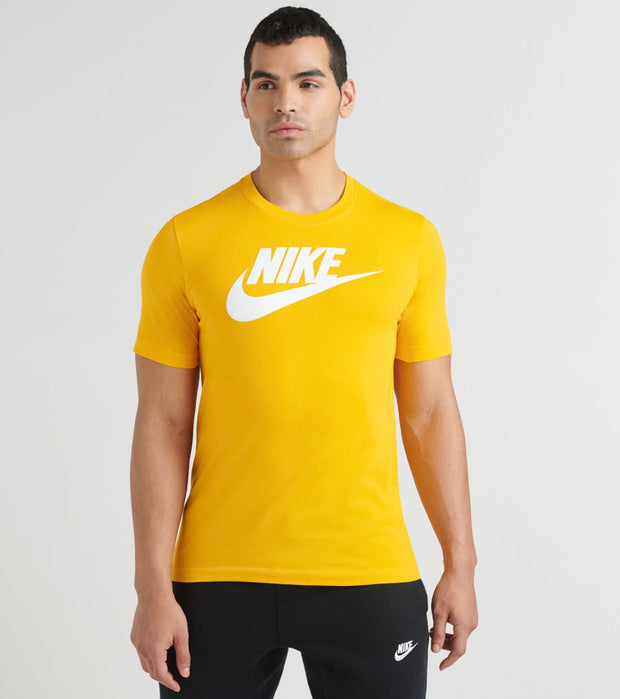 Nike  NSW Icon Futura Tee  Yellow - AR5004-739 | Jimmy Jazz