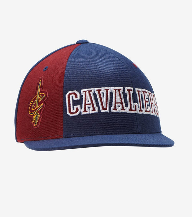 Mitchell And Ness  Cleveland Cavaliers Snapback  Navy - BH78B0CCABHKR | Jimmy Jazz