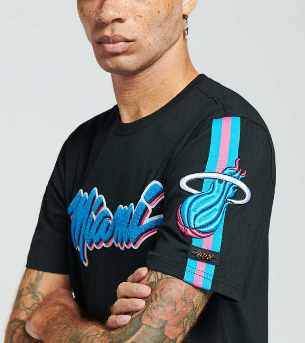 Pro Standard  Miami Heat Vice Dwayne Wade Short Sleeve  Multi - BMH151132-BLK | Jimmy Jazz