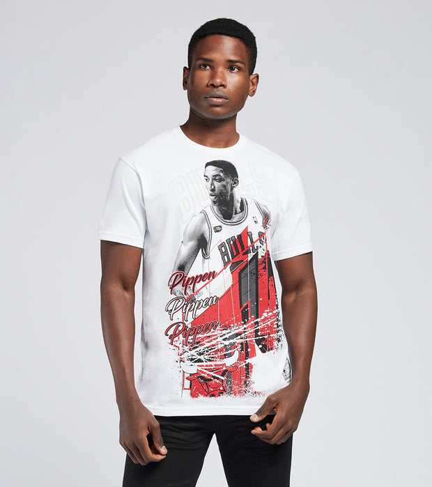 Mitchell And Ness  Chicago Bulls Scottie Pippen Tee  White - BMTRMM18861CBU-WHIT | Jimmy Jazz