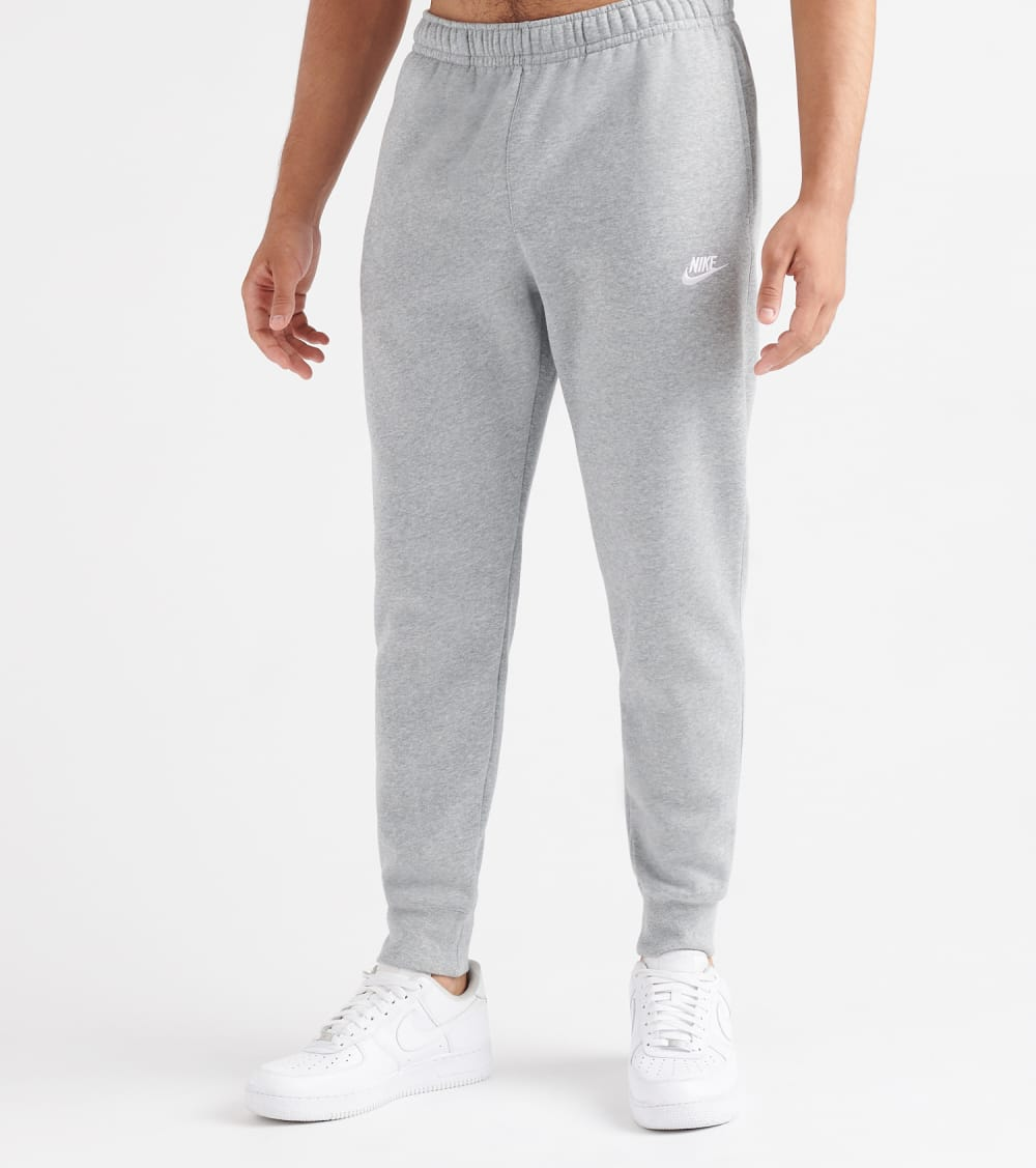 Nike NSW Club Jogger Pant in Grey Size