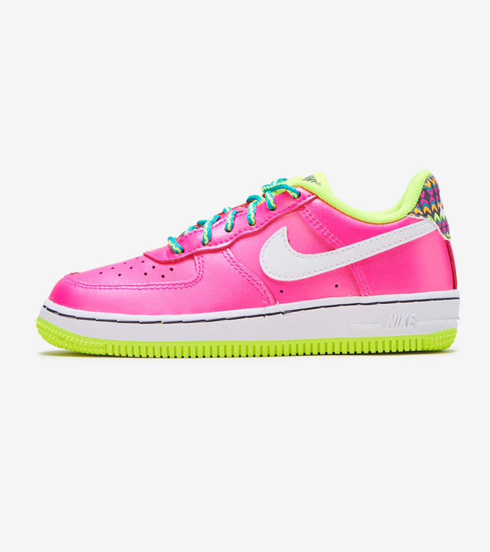 Nike Air Force 1 lV8 Shoes in Pink
