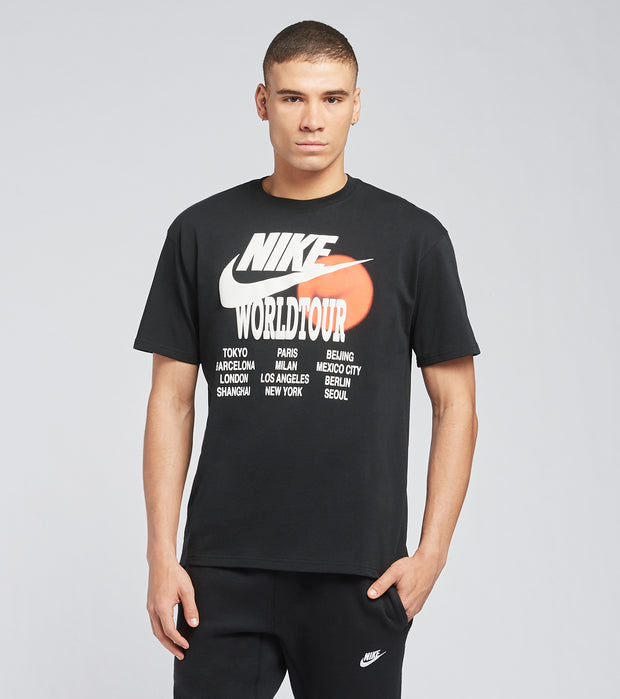 Nike  NSW World Tour Tee  Black - DA0937-010 | Jimmy Jazz