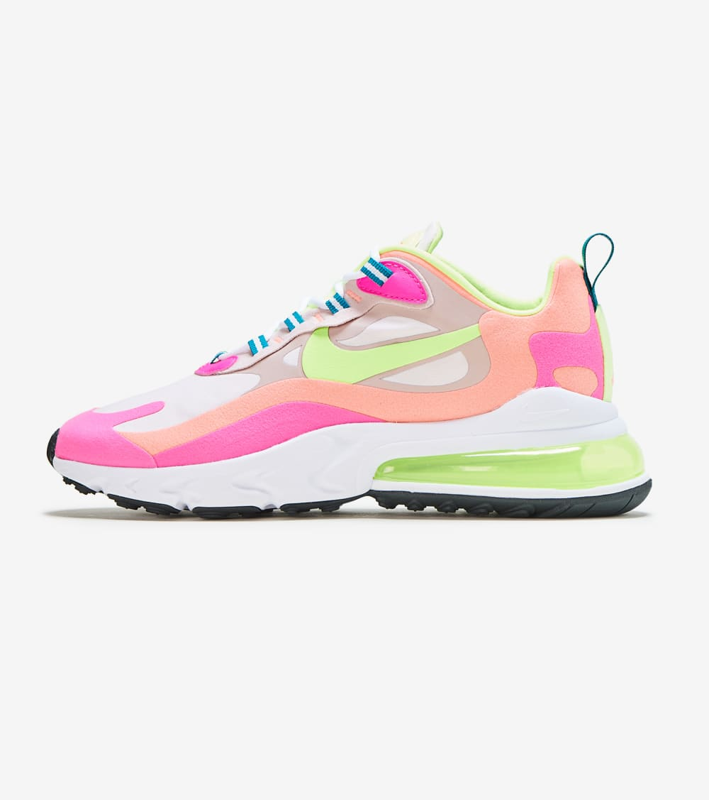 Nike Air Max 270 React Shoes in Rose