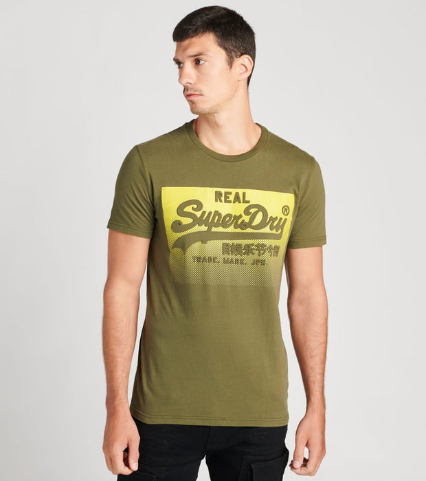 Superdry  VL Halftone Emboss Short Sleeve Tee  Green - M1010157A-GPA | Jimmy Jazz