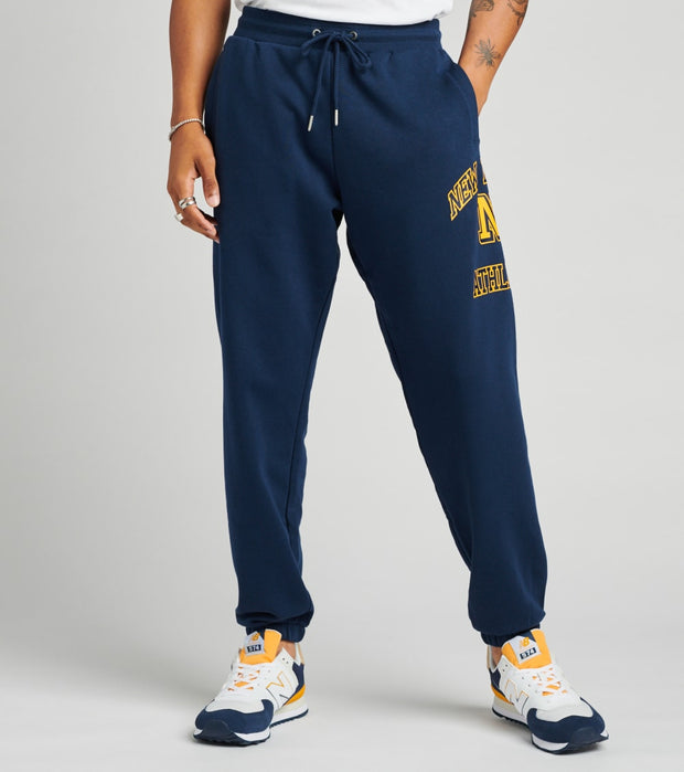 New Balance  Athletics Varsity Pack Sweatpants  Navy - MP03506-NGO | Jimmy Jazz