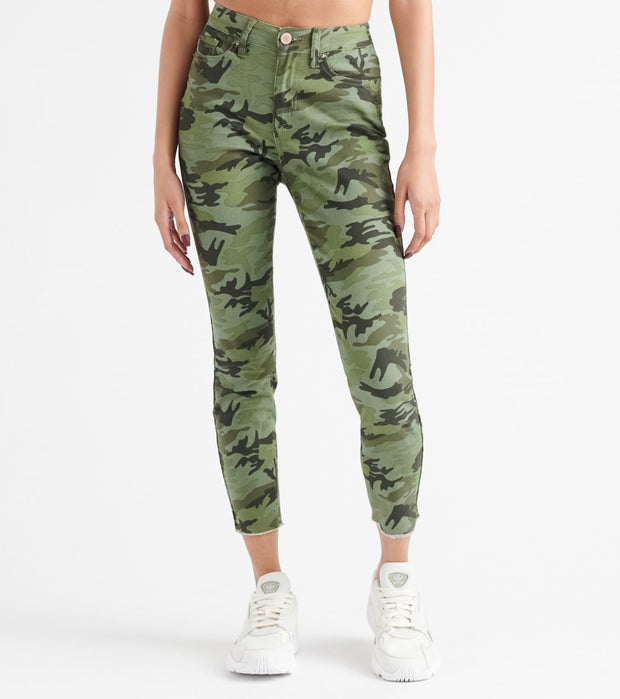 Essentials  Camo Print Raw Hem Twill Pants  Camo - P931608-CAM | Jimmy Jazz